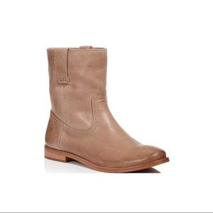 EUC FRYE Anna Ash Leather Short Boots